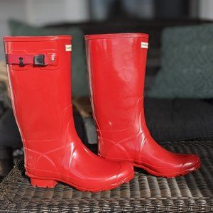 """Hunter """"Huntress"""" Gloss Red Ladies Boots, size 10"""